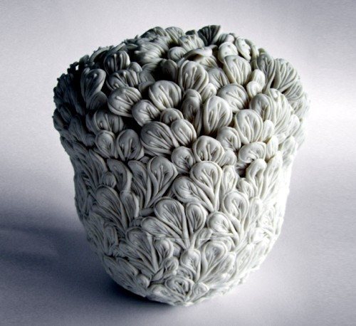 porcelain-art-decorative-vases-and-pots-with-natural-forms-4-514
